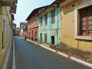 road in panjim
